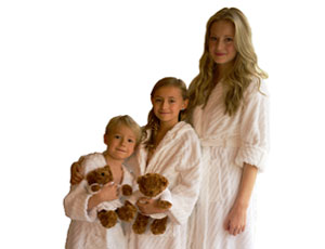 WIN: Family Bathrobe set with BC Software and VitaMan Travel Pack for Father's Day